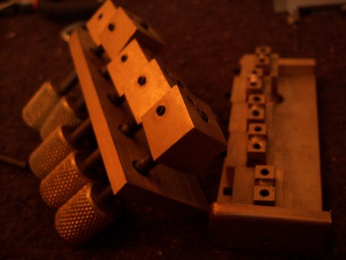 Bass-bridge-tuners