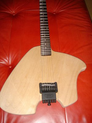 Klein-Electric-Guitar-Build-Neck-Bridge-Mounted.jpg