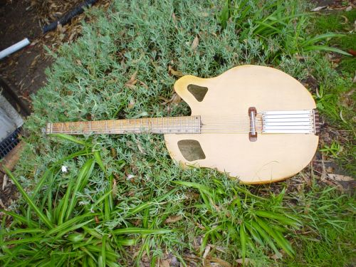Headless Acoustic Bass