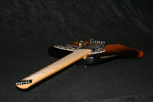 Torzal Neck Klein Guitar